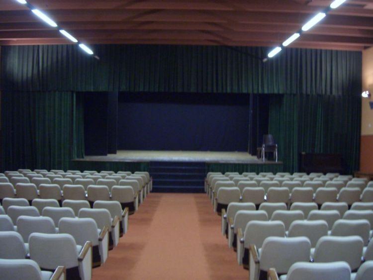 interno teatro marzabotto